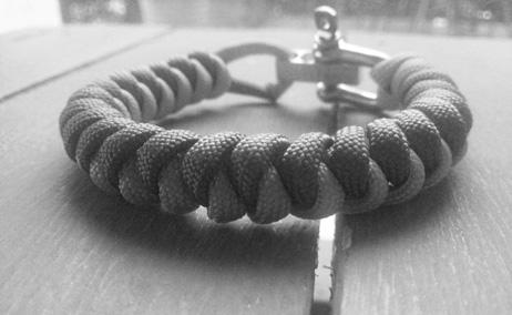 bracelet paracord Oyne FCO