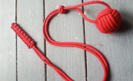 Monkey fist paracord by Øyne